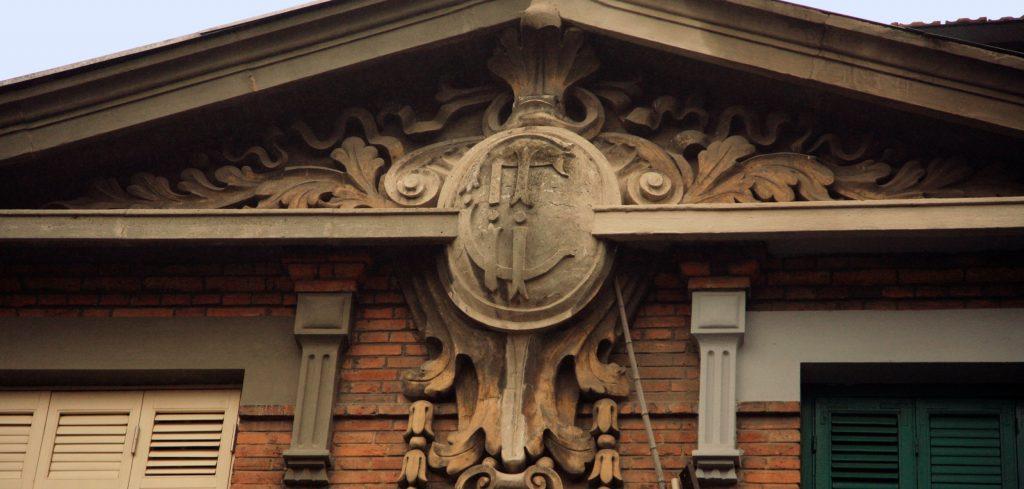 French Concession Tour: A Stroll Through Colonial Shanghai